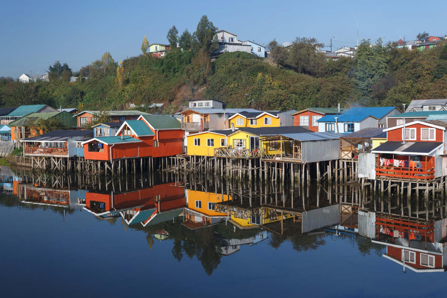 The emblamatic palafitos of Chiloé