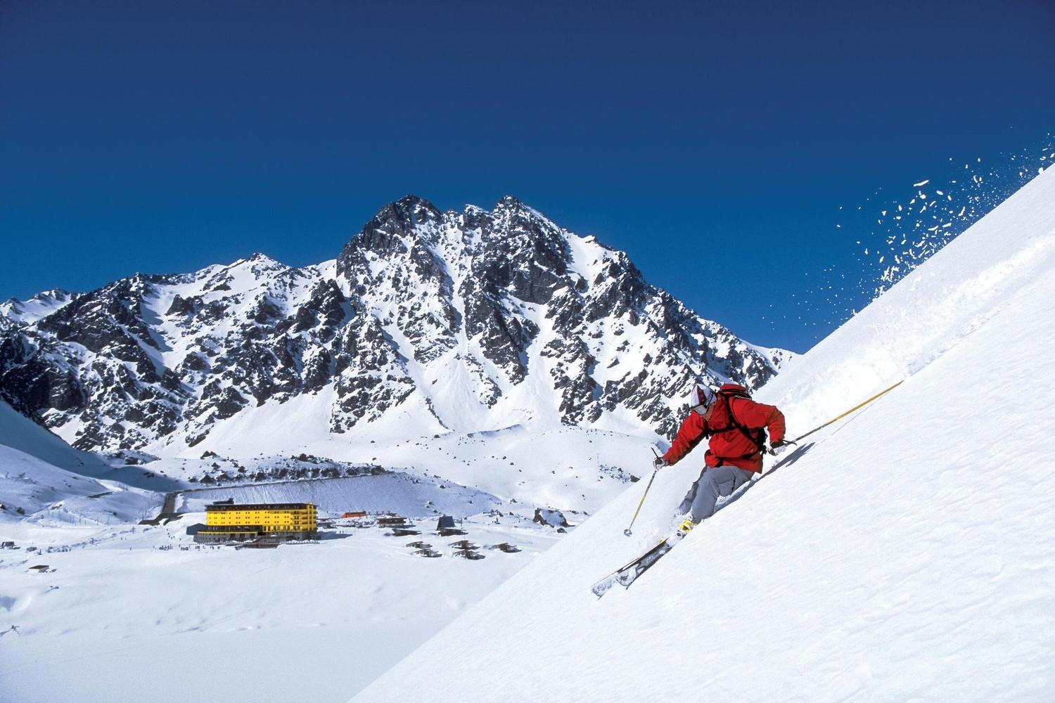 Skiing the steep sides of the Portilo resort