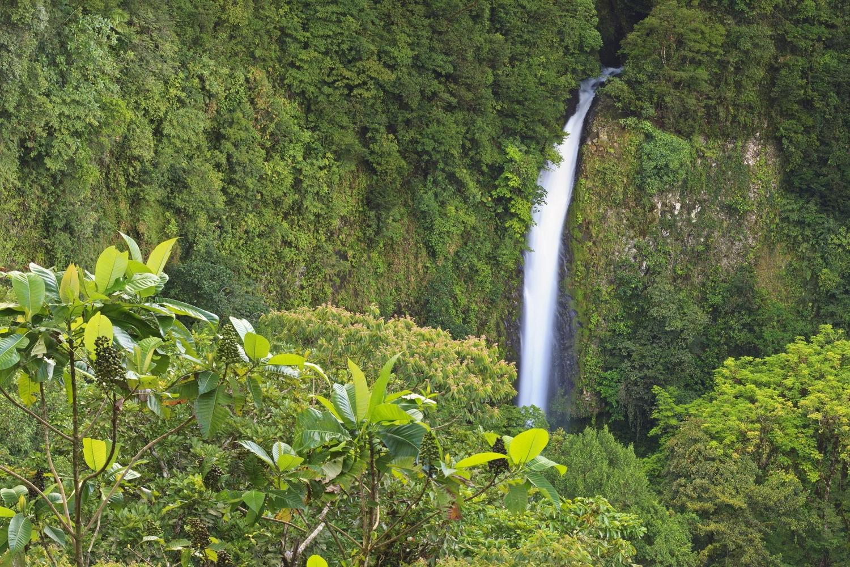 La Fortuna waterfall near Arenal Volcano