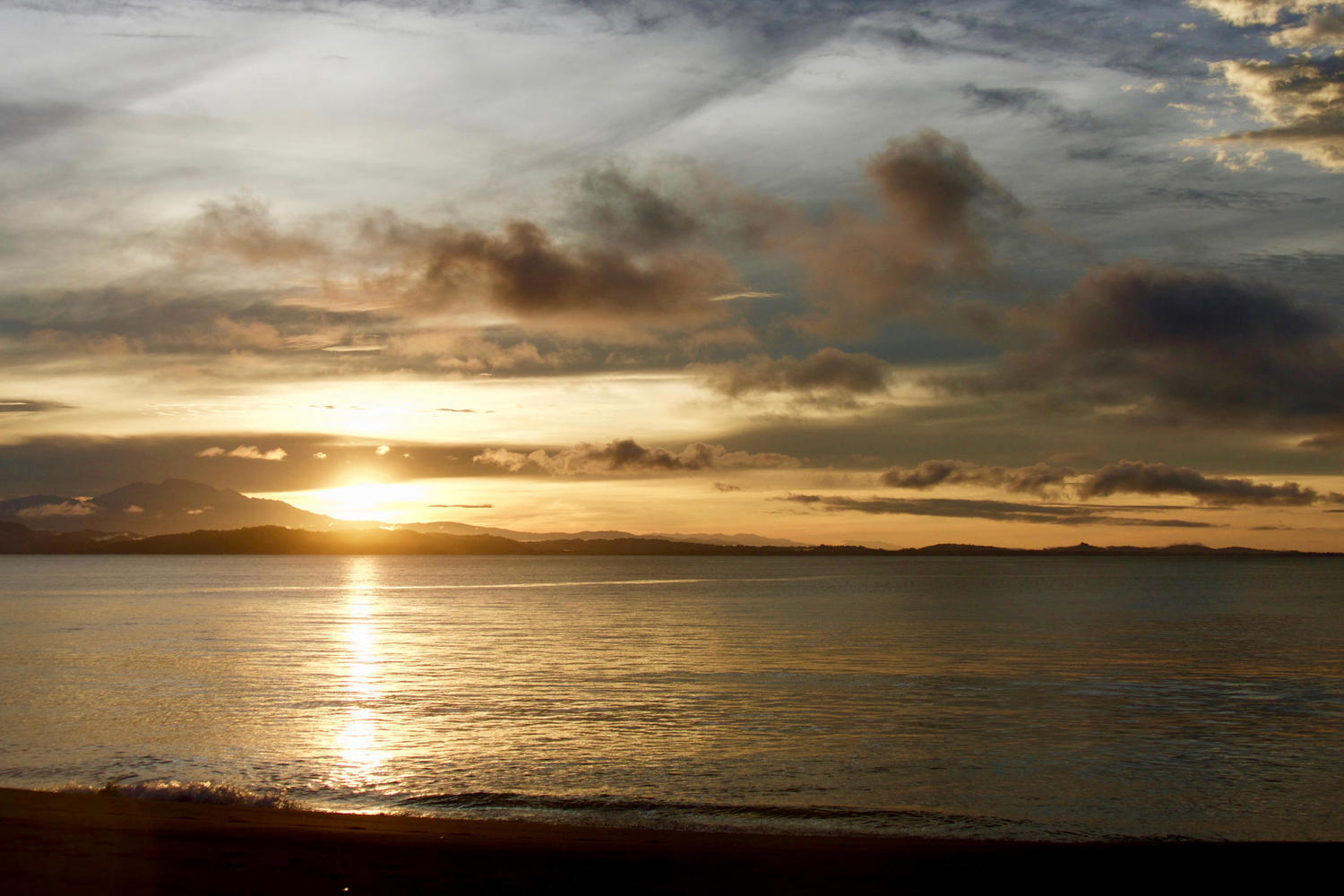 Beautiful sunrises over the Golfo Dulce, Osa Peninsula