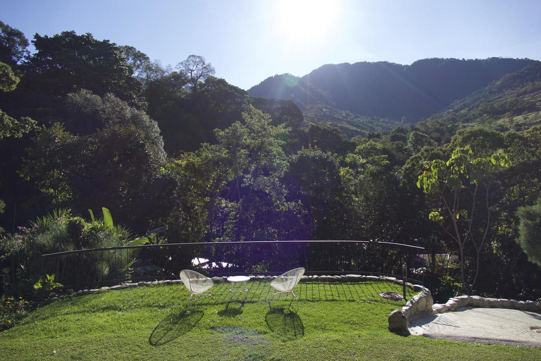Morning sunshine over the Rio Chirripo gardens