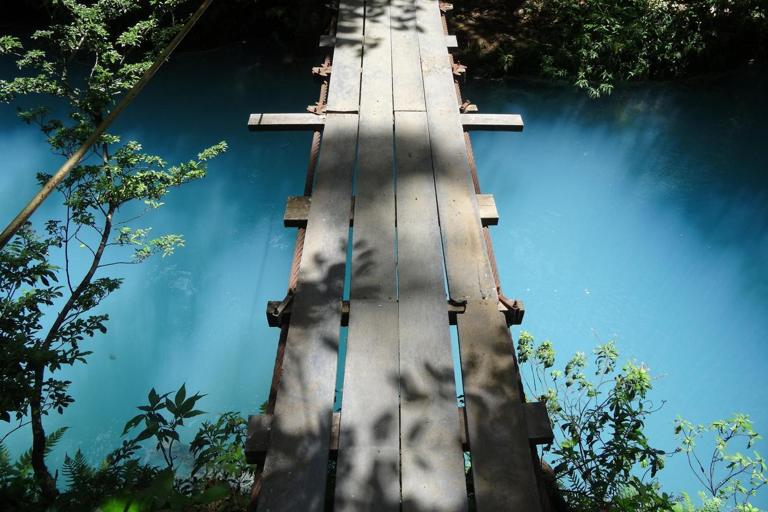 Bridge over the Rio Celeste in Tenorio Volcano National Park