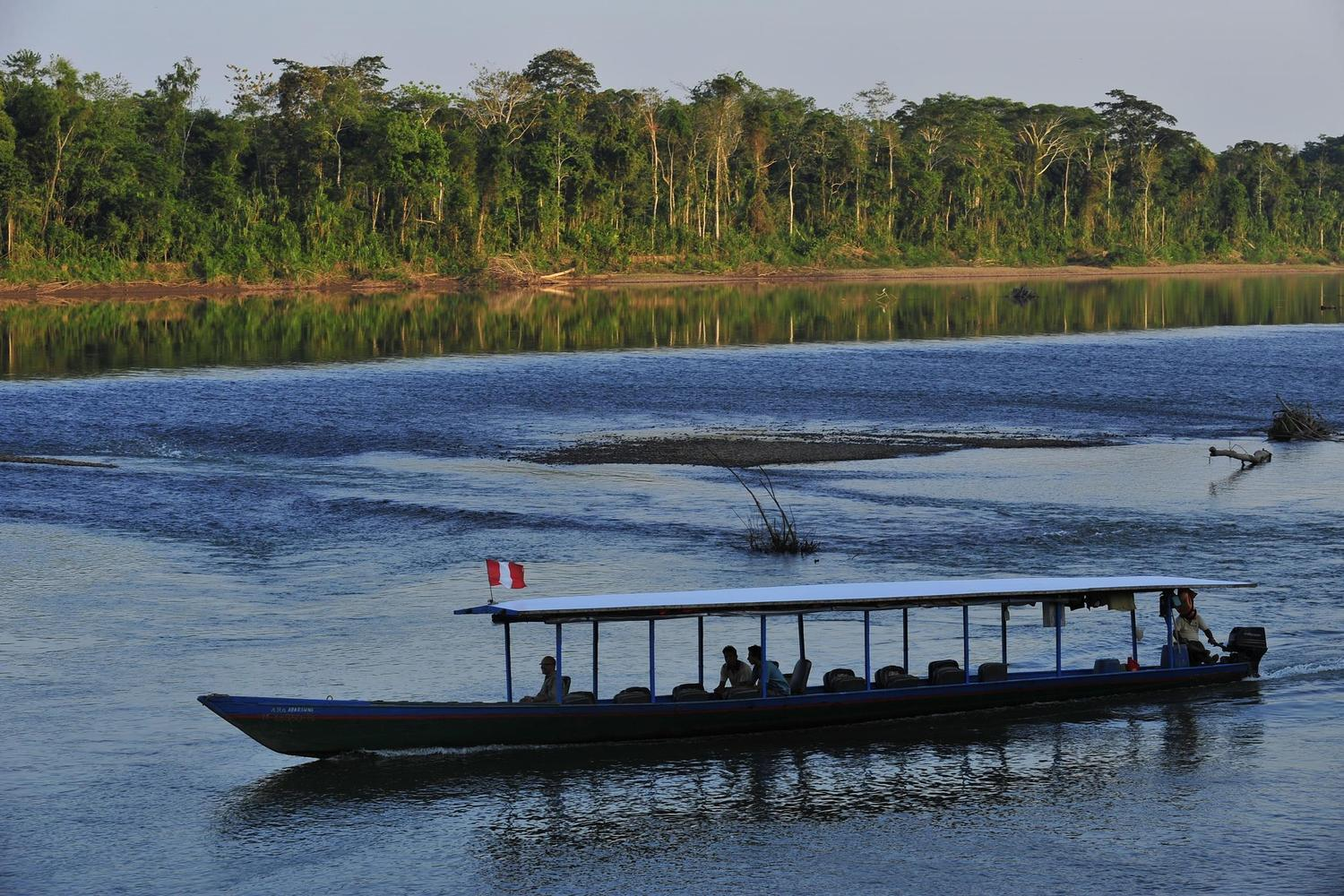 Travelling on the Tambopata River