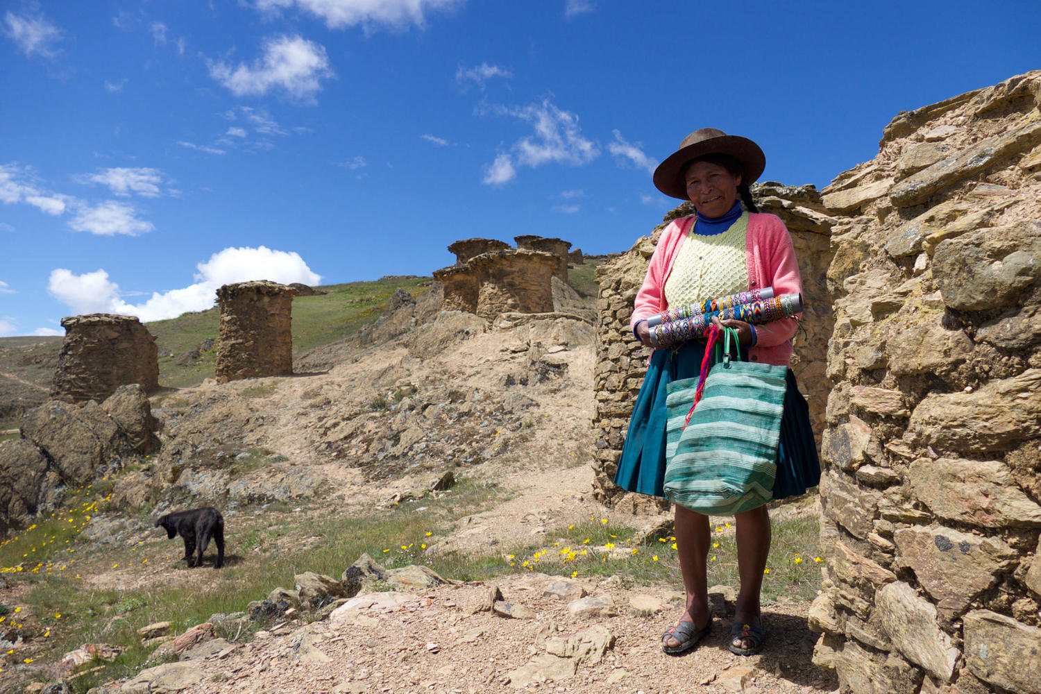 Lady selling bracelets at Ninamarca, a pre-Inca site on the way to Manu