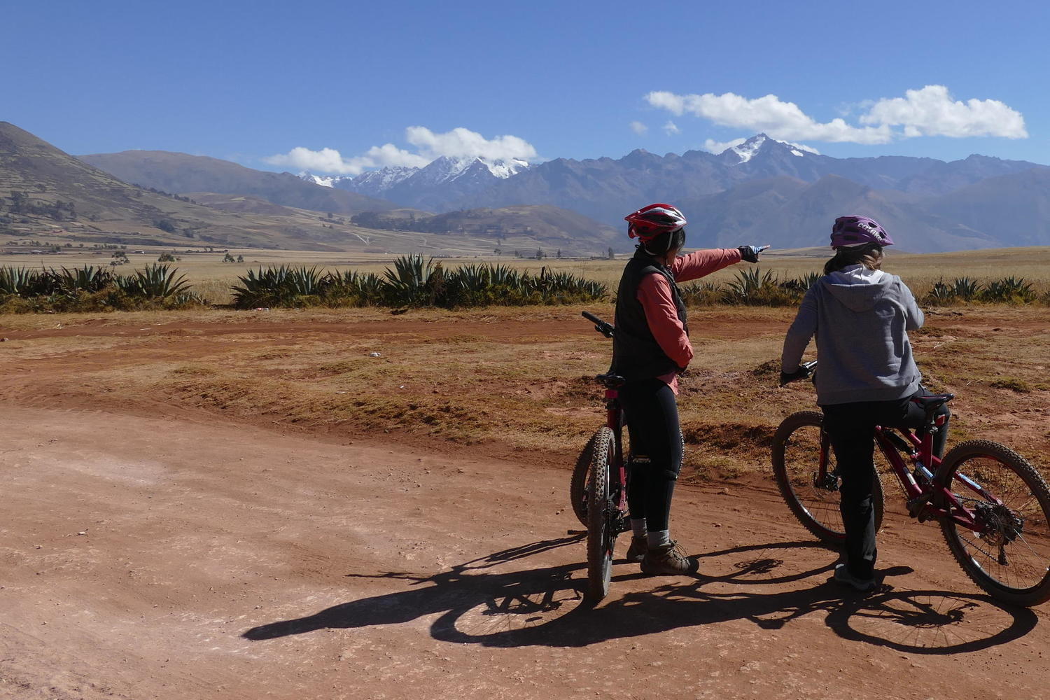 Mountain biking across the Chinchero plain