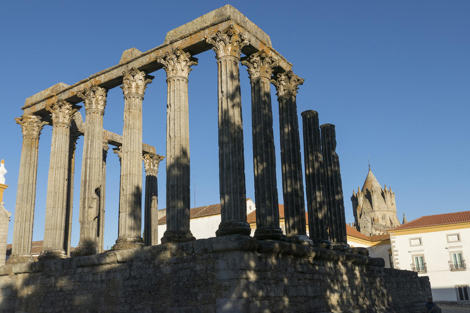Astonishingly well preserved Roman Temple in Evora