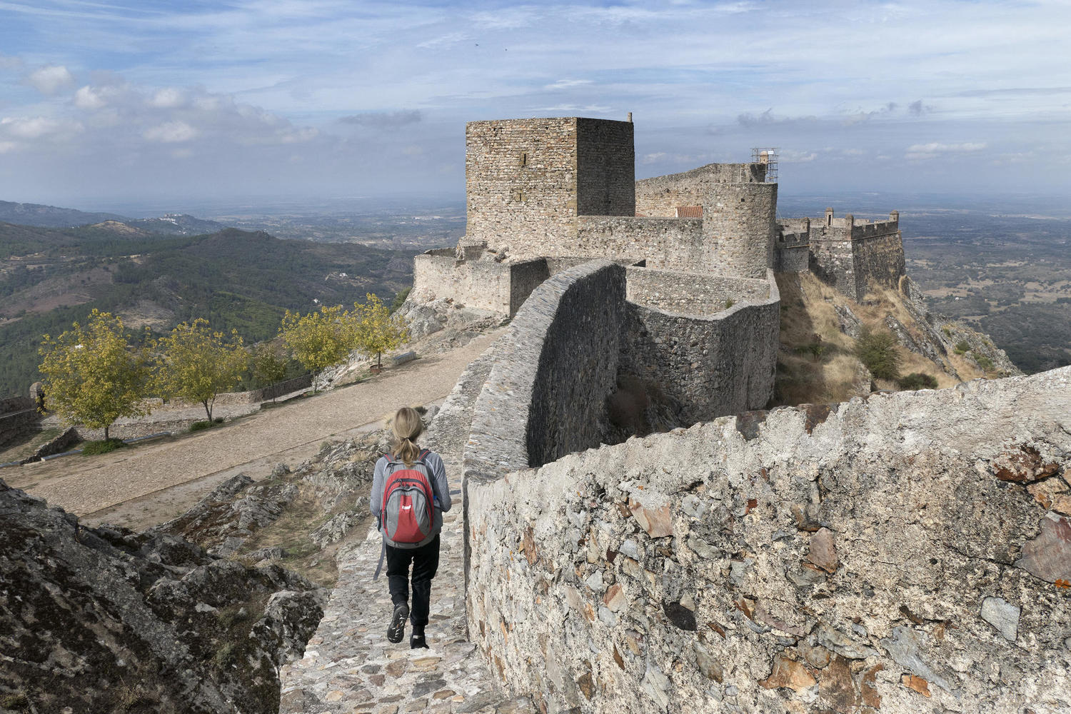 Walking on the walls of Marvao's castle