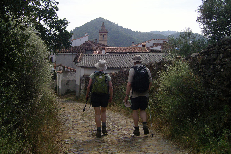 Entering the village of Linares.