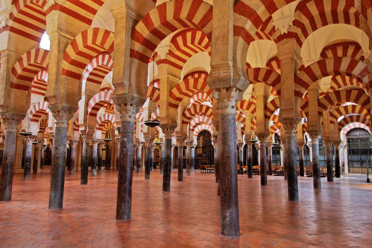 Praying room at the Córdoba mosque.