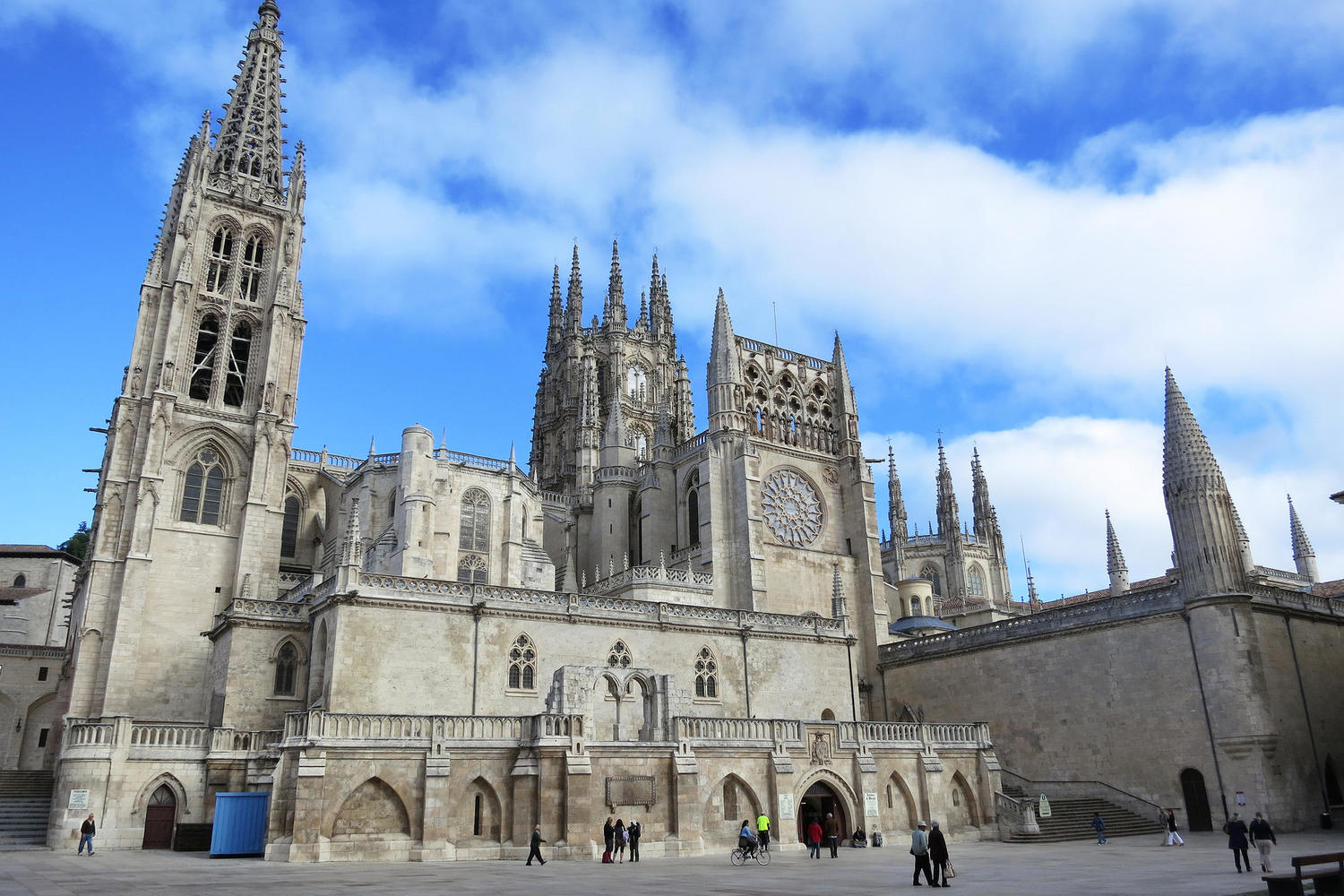 The impressive cathedral of Burgos