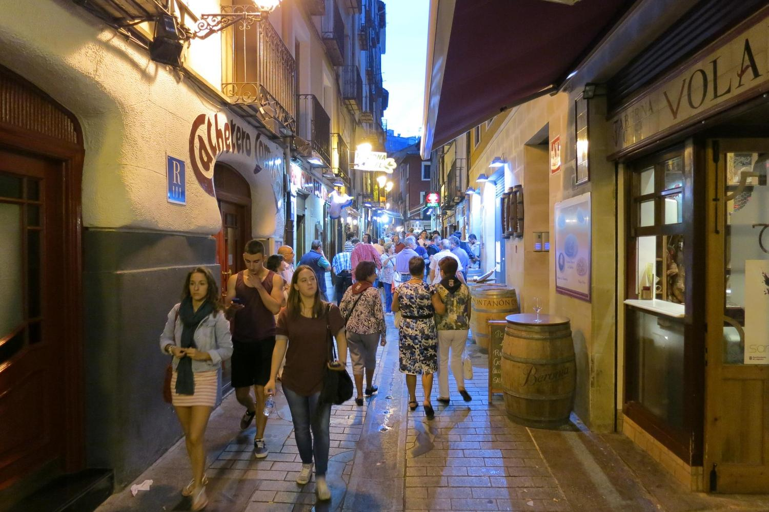 Nightlife of the Calle Laurel in Logrono