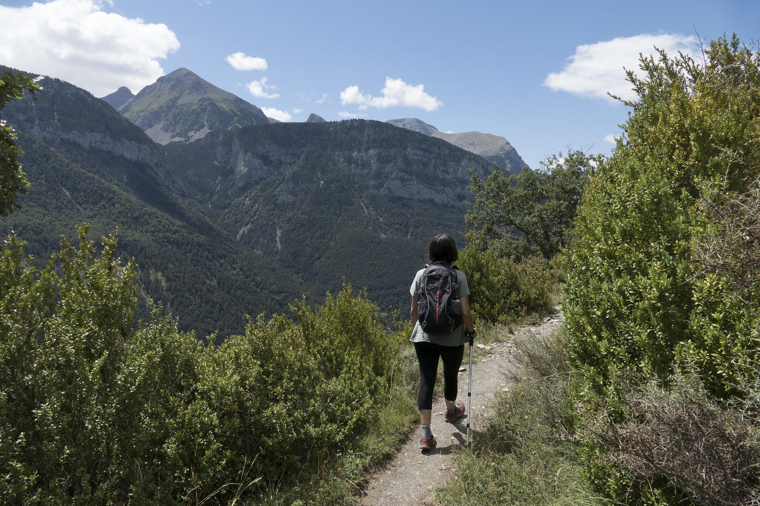 Walking from village to village in the Gistain valley