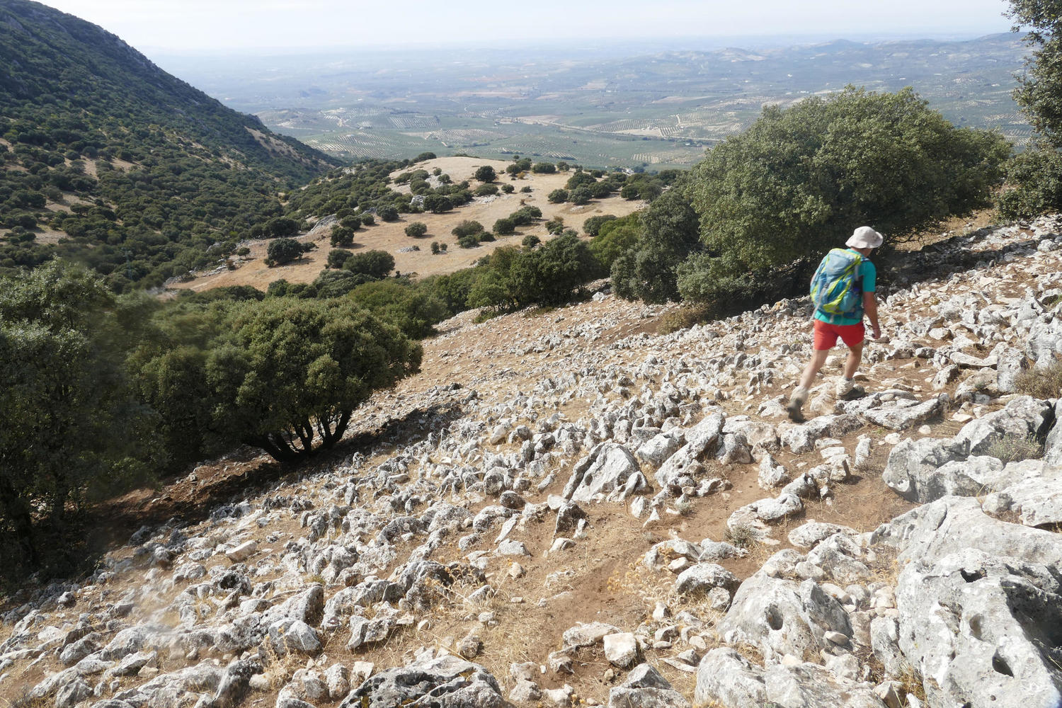 Traversing the karstic limestone landscapes of the Subbeticas natural park