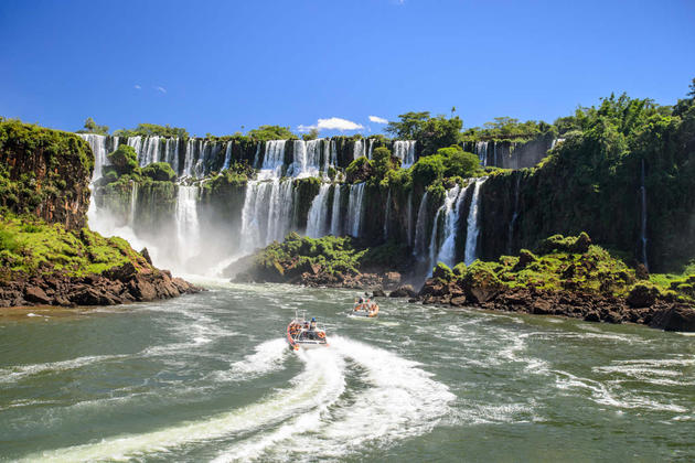 Argentina iguassu iguazu falls argentina
