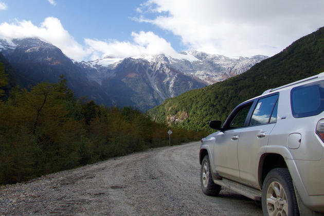 Chile patagonia aysen driving exploradores valley