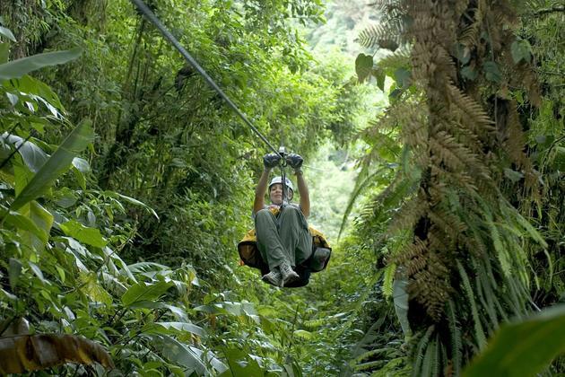 Costa rica monteverde zipline