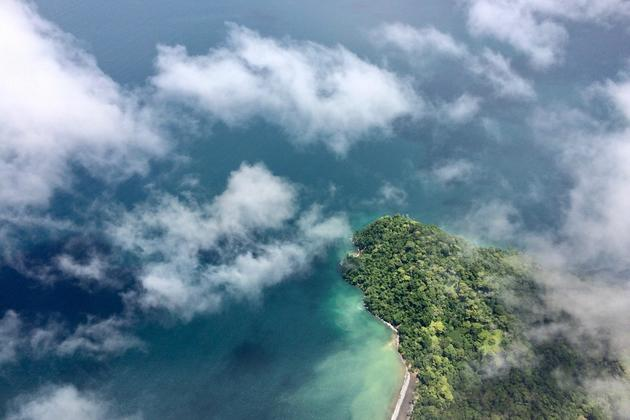 Costa rica osa peninsula golfo dulce flight