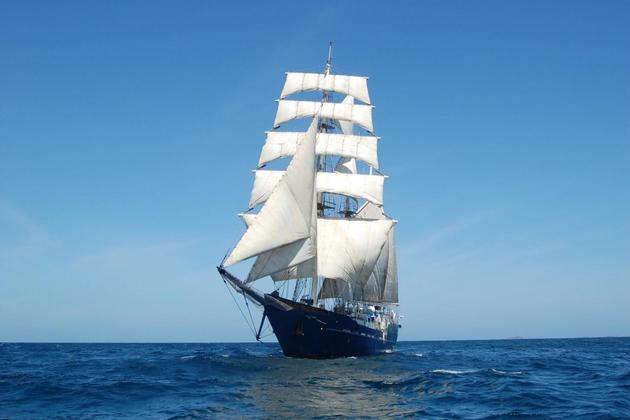 Ecuador galapagos islands mary anne yacht 2