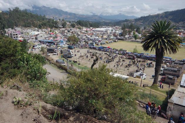 Ecuador imbabura otavalo market from hill chris bladon