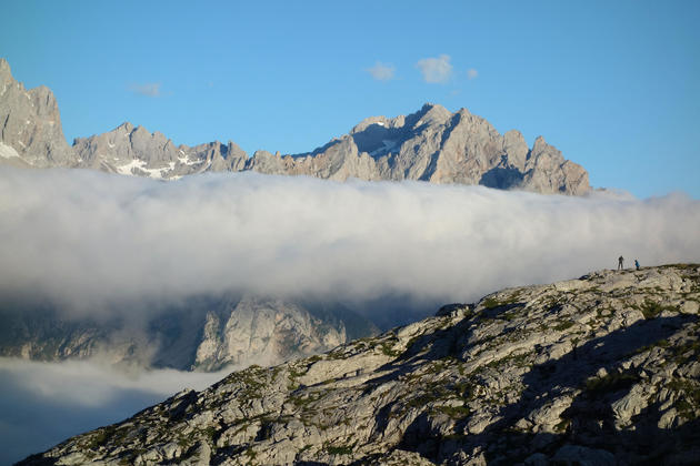 Spain asturias picos de europa ario sunset hikers
