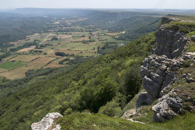 Spain cantabria ebro valderedible from valcabao viewpoint