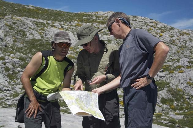 Spain picos de europa pura guide with map