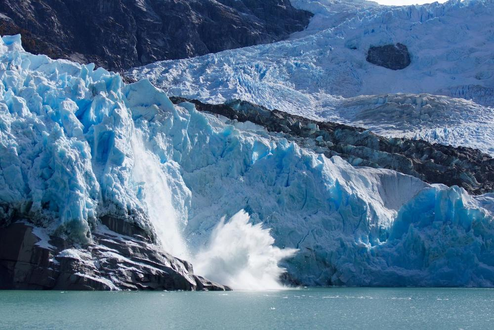 The life of a glacier in the Patagonian ice fields | The