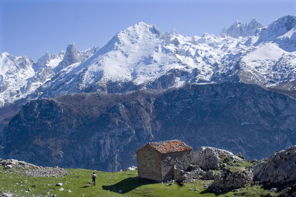 Spain asturias picos de europa ondon c dmartin20180829 76980 16txgtu