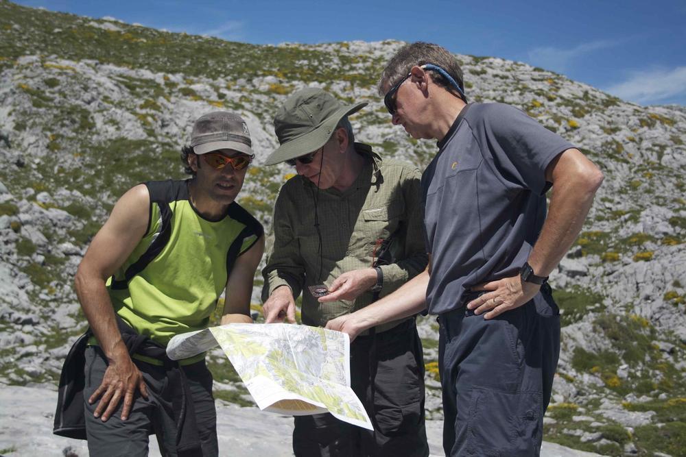 Spain picos de europa pura guide with map