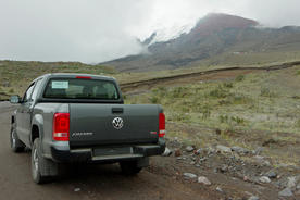 Ecuador cotopaxi driving to refugio jose rivas 2 chris bladon