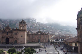 Peru cusco plaza de armas morning light20180829 76980 1v3rd8f