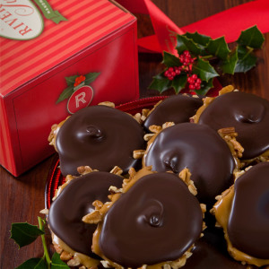 Dark Chocolate Bear Claw Holiday Box