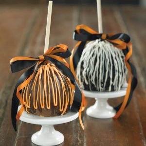 Fall Chocolate Caramel Apples