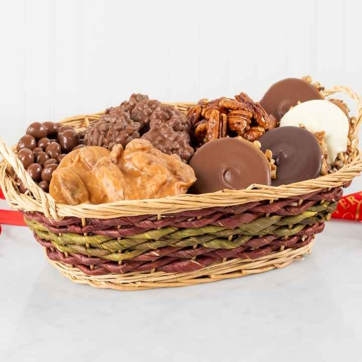 Office Party Basket, 4-6 Person