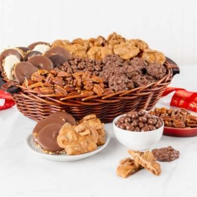 Office Party Basket, 24-26 person