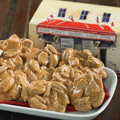 1lb World Famous Pralines in Historic River Street Gift Box