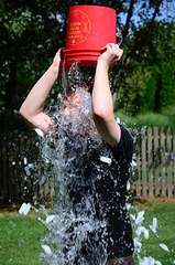 COMMUNITY ALS ICE BUCKET CHALLENGE