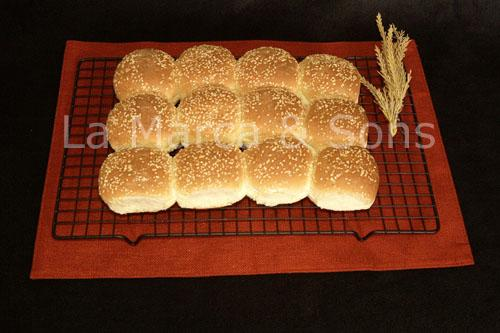 doz. Sm.Soft Dinner Roll Seeded-P