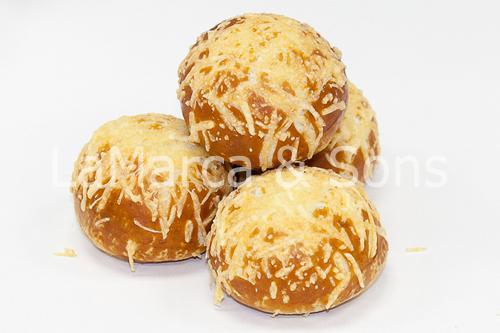 Dinner Roll Pretzel w/Cheese Dz - FI