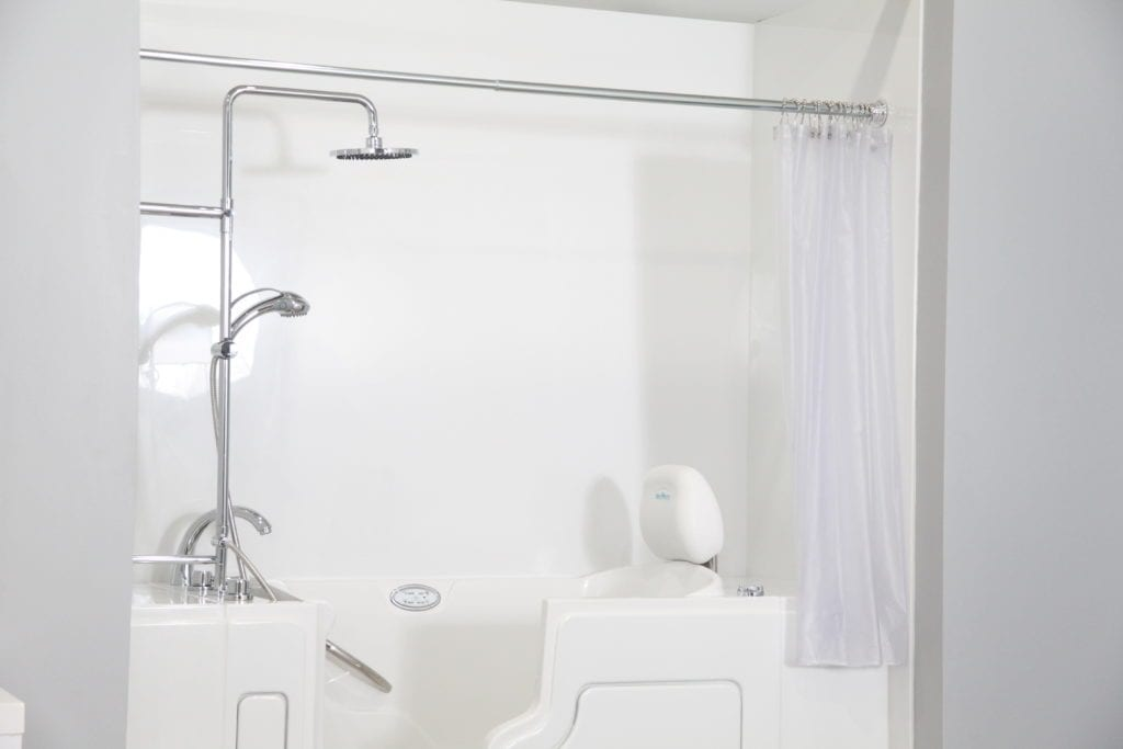 Things to Consider When Choosing a Bath and Shower Combo
