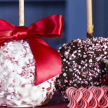 christmas peppermint chocolate caramel apples - Christmas Candy Apples