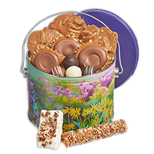 Picnic Assortment Pail - Savannah's Candy Kitchen
