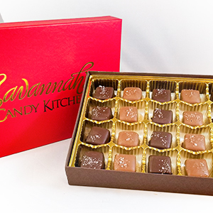 Sea Salt Caramel Gift Box - Savannah's Candy Kitchen