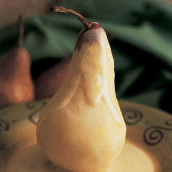 Poached Pears with Vanilla Cream