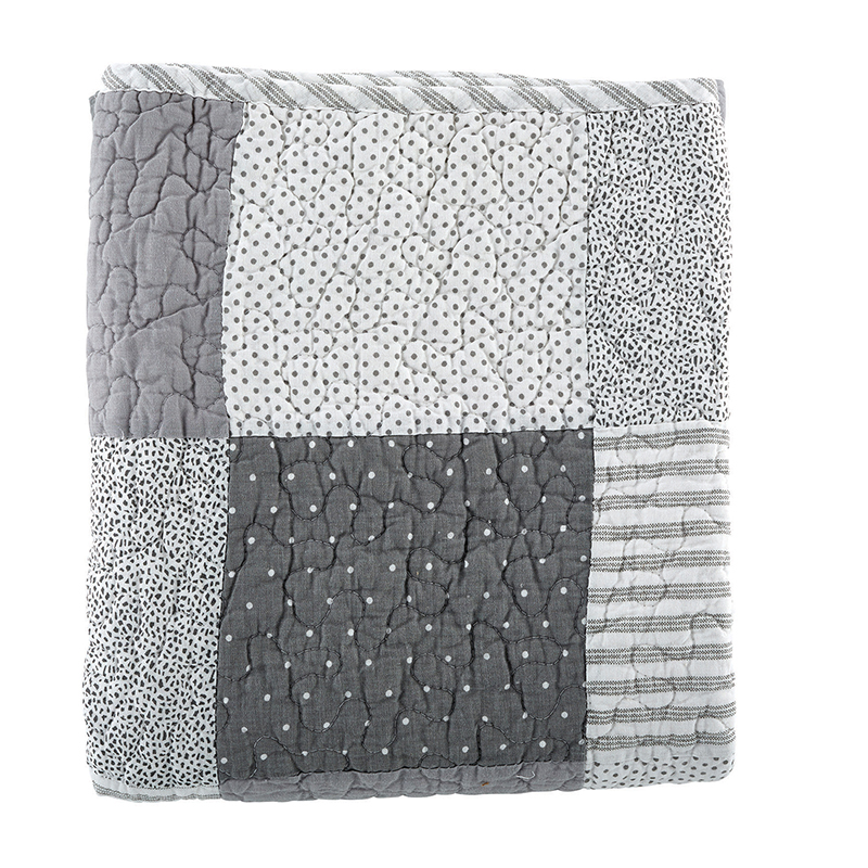 Keepsake Quilt - Gray Stripe
