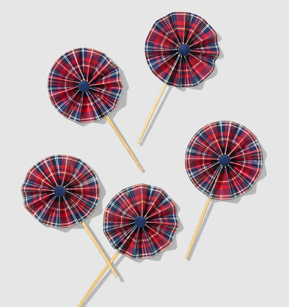 "Tartan Pinwheel picks - box of 10 - 2"" diameter"