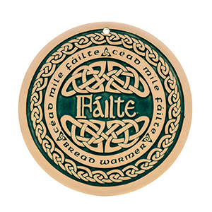 Celtic Welcome Bread Warmer - Failte