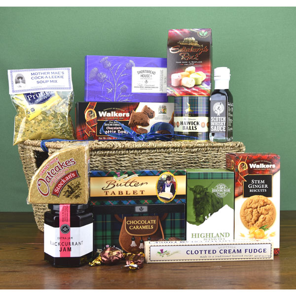 Highland Hamper filled with thirteen Scottish treats
