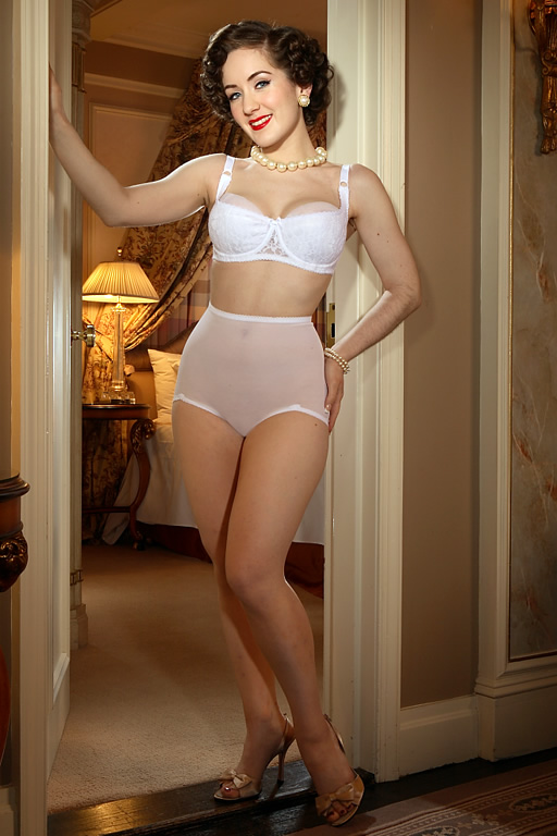 1940s Lingerie- Bra, Girdle, Slips, Underwear History R40 Sheer Control Panty $19.00 AT vintagedancer.com