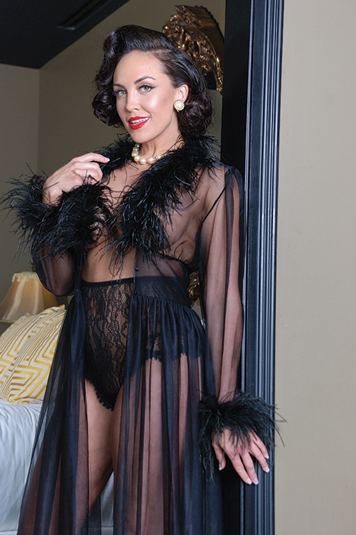 1950s Vintage Lingerie, Retro Pin Up Underwear Ostrich Trimmed RobeGlamour Mail $145.00 AT vintagedancer.com